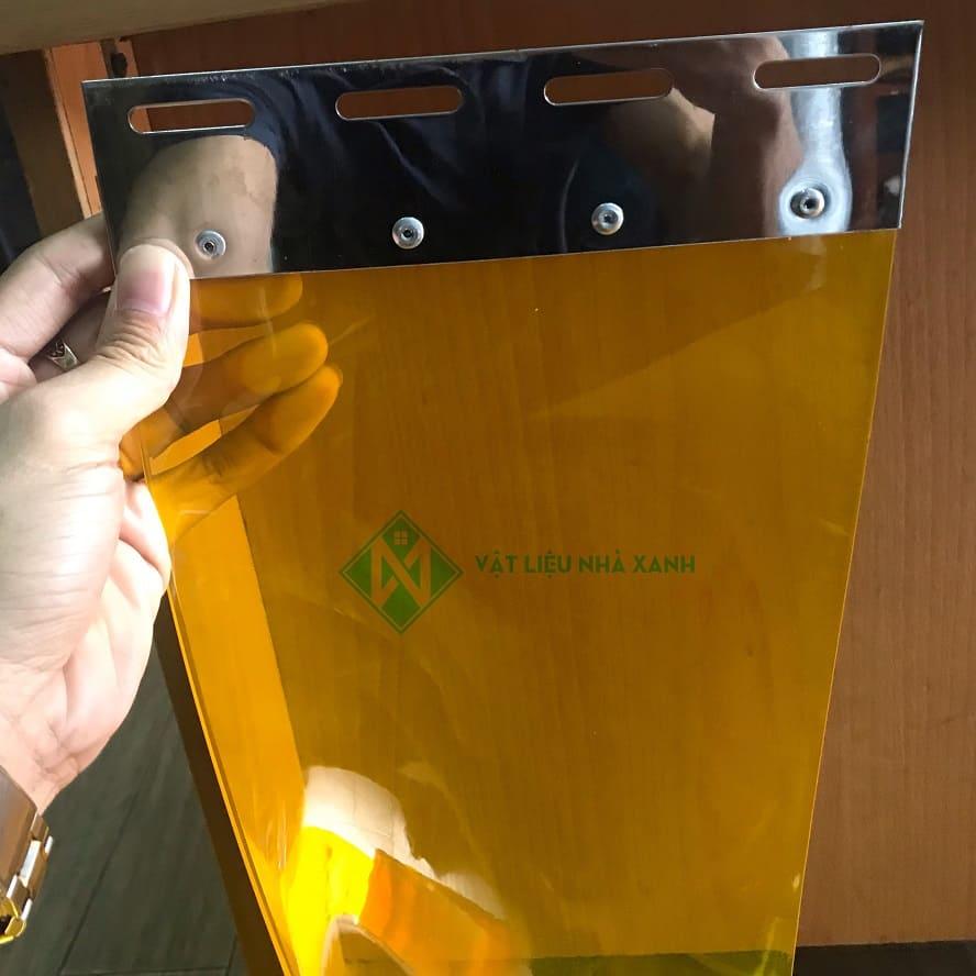 Màn nhựa chống côn trùng vàng cam
